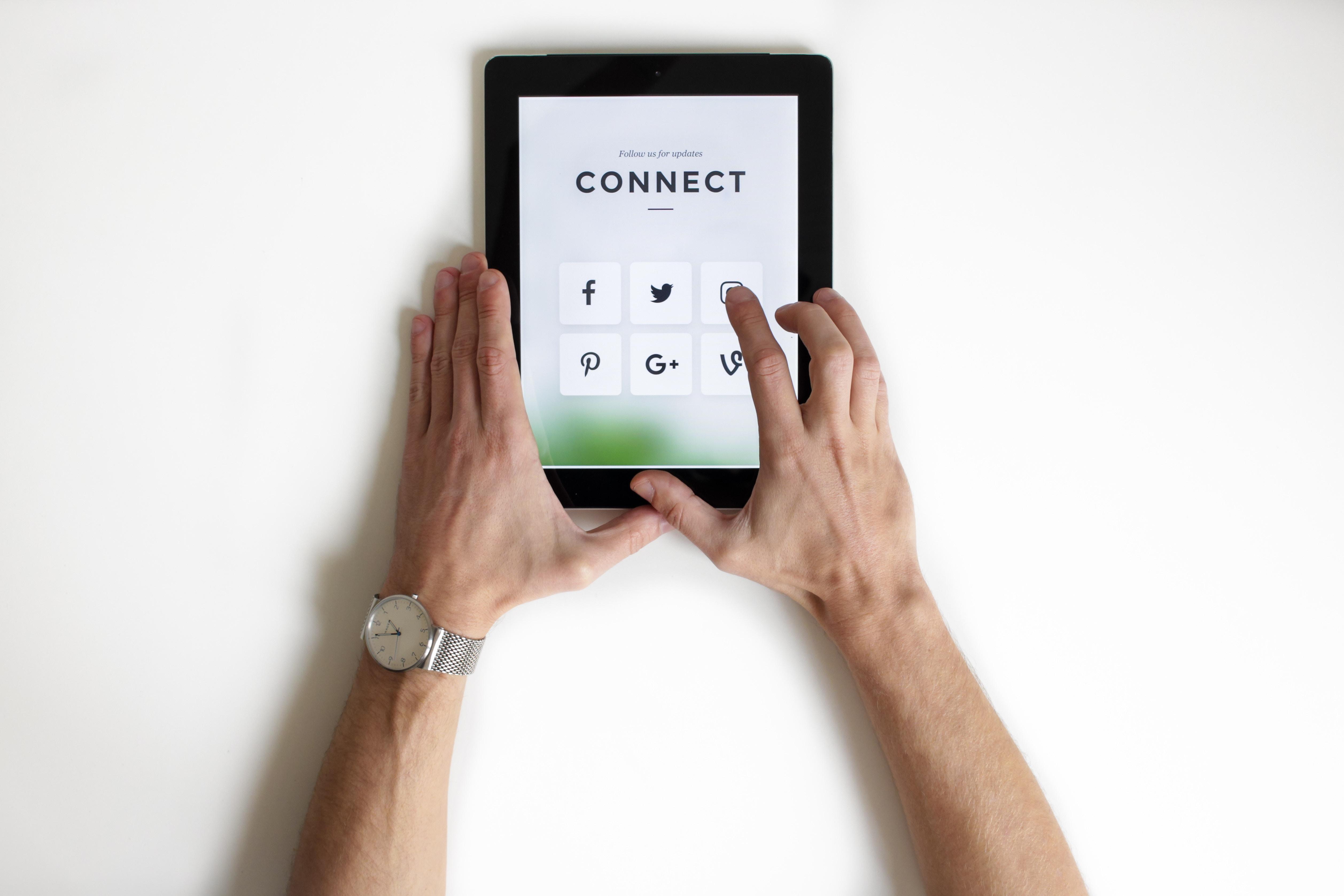 Social Media Optimization Jacqueline T. Hill